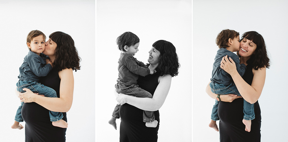 Sesión fotos de embarazo con hermano mayor