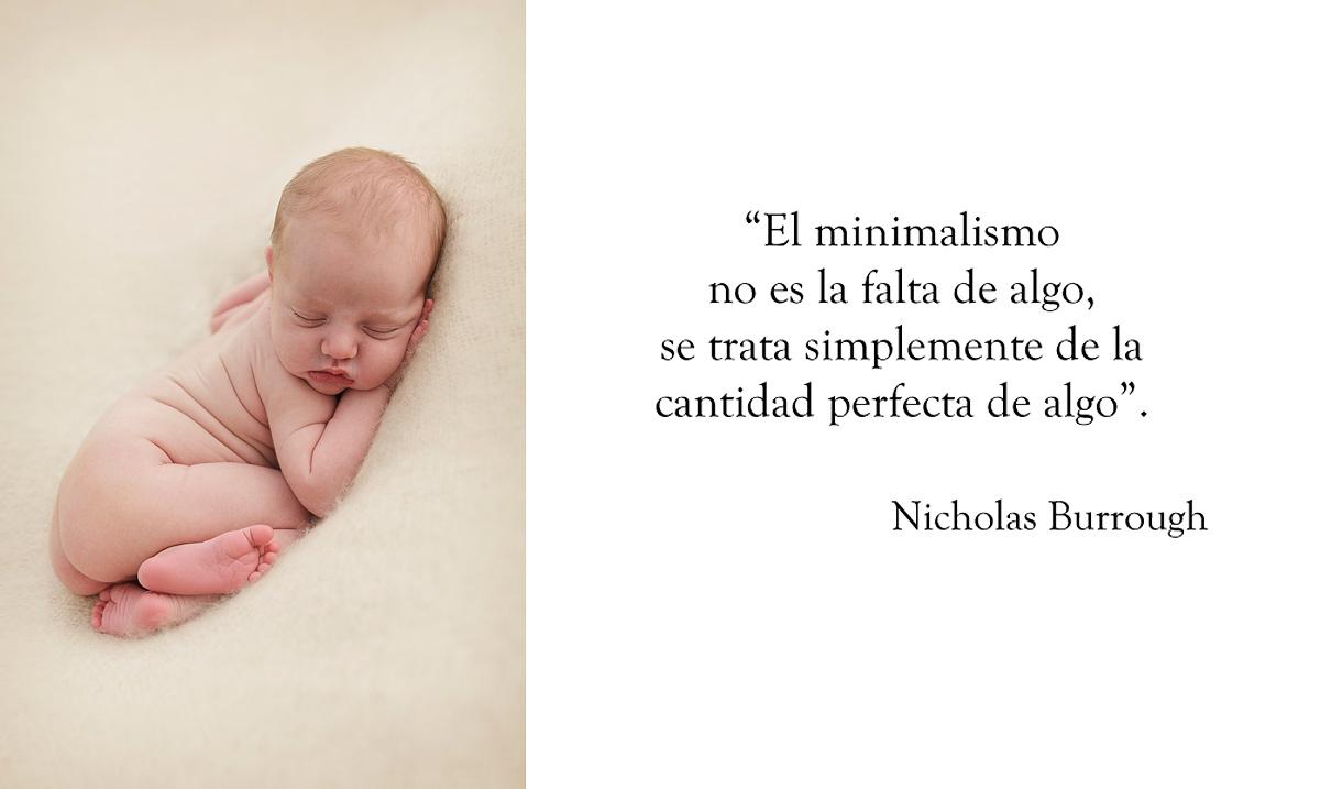 Minimal newborn photography