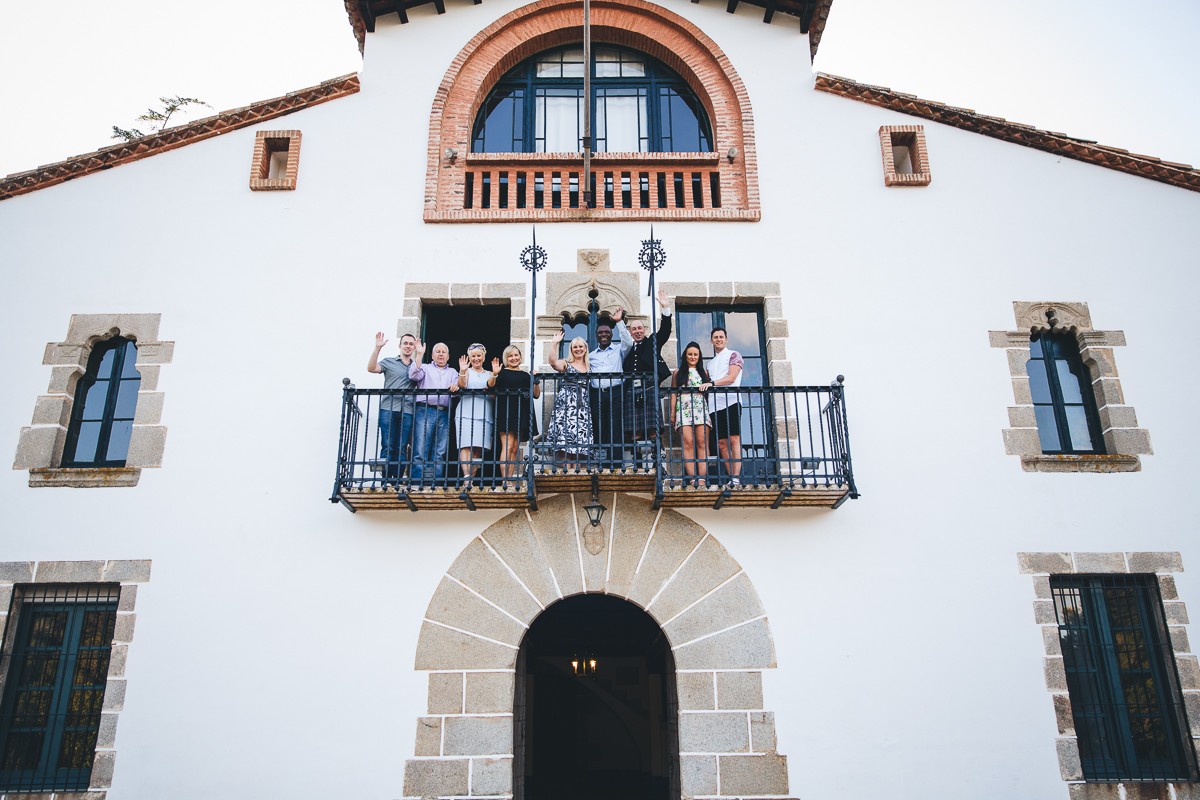 Family group photo -Mireia Navarro photography