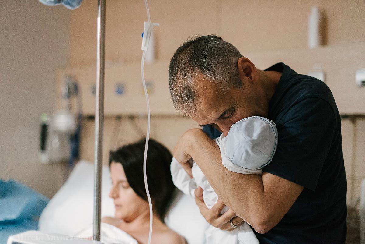 Fotografia recién nacido en hospital